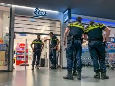 Gewapende overvaller berooft Etos in Markthal: 'Heel erg geschrokken'