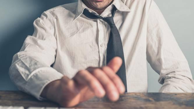 Psychologen raden aan om te masturberen op het werk (en dat is geen grap)