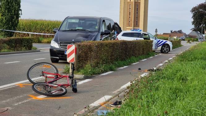 Jonge fietsster in levensgevaar na ongeval in Sint-Pieters-Leeuw