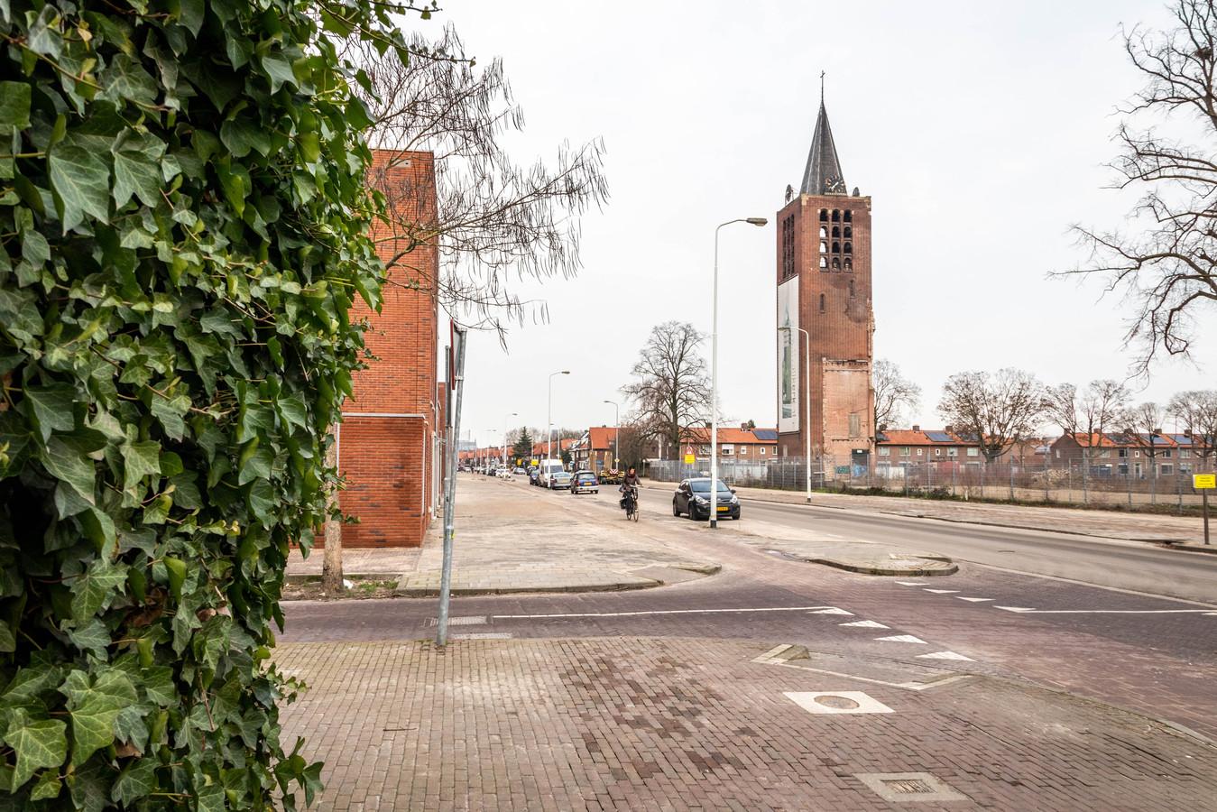 Kerktoren Heezerweg in Eindhoven wordt waarschijnlijk afgebroken.