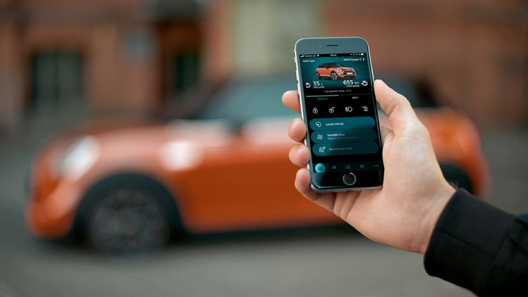 Mini gaat volledig digitaal. Zo kan je gebruikmaken van een persoonlijke butler of de auto op slot doen via de smartphone.
