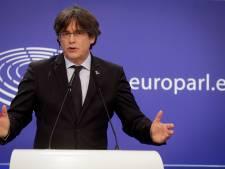 """Le leader indépendantiste catalan Carles Puigdemont """" libéré en attendant une décision sur son extradition"""""""