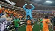 Copa pakt penalty en schiet Ivoorkust dan zelf naar winst in Afrika Cup