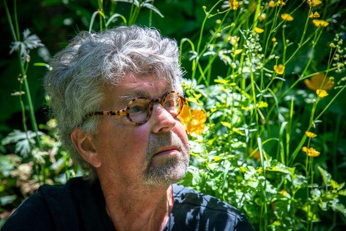 Kunstenaar Paul de Nooijer