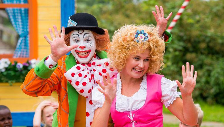 Pipo de Clown (Mitch Blaauw) en Mammaloe (Liset Vrugteveen). Beeld Ton de Bruin/Van Hoorne Entertainment