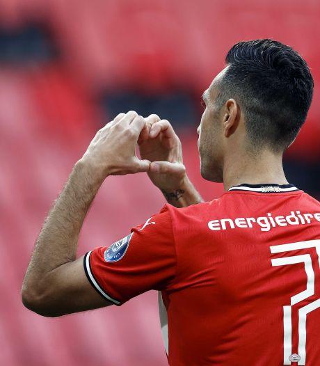 Doelpunt geëmotioneerde Zahavi hoogtepunt op zorgeloze middag, PSV nagenoeg zeker van Champions League-voorronde