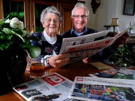 Elke dag van hun 65-jarig huwelijk lezen Piet en Alie de krant: 'Maar die Engelse termen zijn toch niet nodig?'