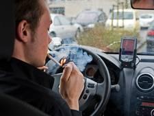 België wil verbod op roken met kinderen in de auto