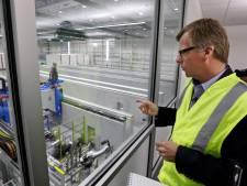 Omgekeerde wereld: Boeing vervangt robots weer door mensen