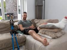 Einde seizoen voor Kozakken Boys-doelman Jan Schimmel: 'Het was of er een mes door mijn kuit ging'