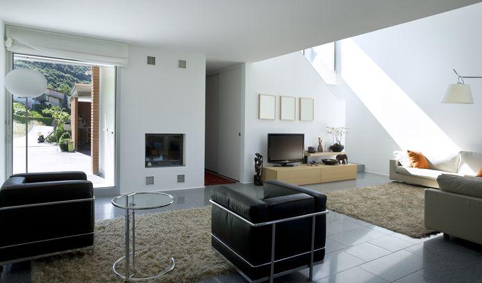 Door zoveel mogelijk lichte, verplaatsbare binnenwanden te gebruiken, geef je jezelf de kans om je woonruimtes flexibeler in te delen.