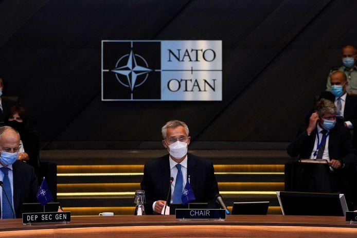 Navo-topman Jens Stoltenberg bij een spoedberaad van de Navo-raad, de dertig aangesloten ministers van Buitenlandse Zaken.