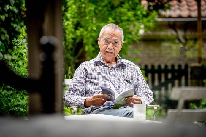 Ton van Naerssen, schreef een boek over de opvang van vluchtelingen in Beuningen.