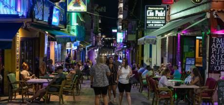 LIVE   Ibiza huurt detectives in tegen illegale feesten, Amazon stelt terugkeer naar kantoor uit tot januari