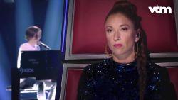 De gitaar van Ed Sheeran won Ibe al, maar stoot hij in The Voice ook door met zijn nummer?