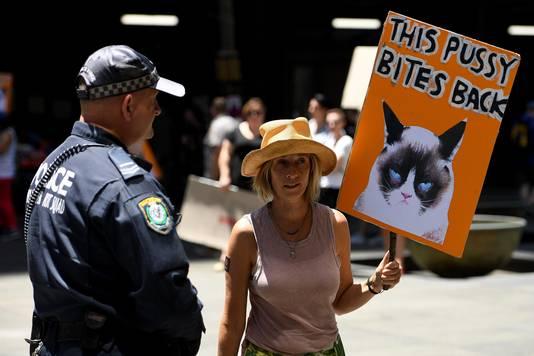 Een vrouw vandaag bij de mars in Sydney, Australië