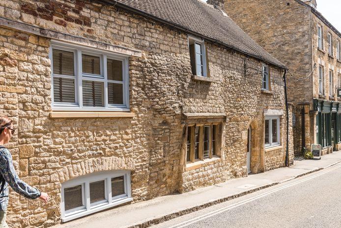 Oorspronkelijk bestond Liesets huis, dat dateert uit 1600, uit twee cottages. Die werden omstreeks 1800 samengevoegd.