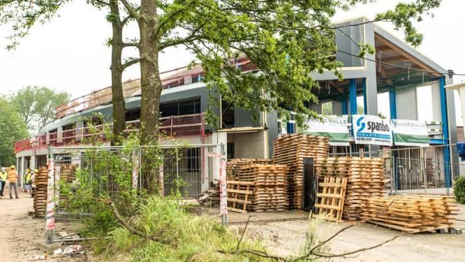 Bouw nieuwe werkliedenloods op schema: gebouw bijna winddicht