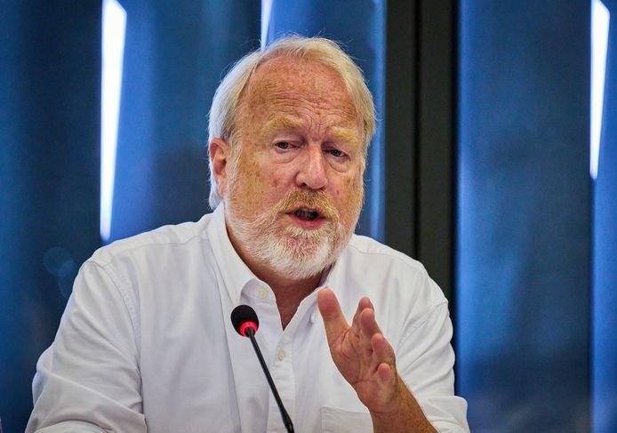 Jaap van Dissel van het RIVM tijdens een technische briefing in de Tweede Kamer over het coronavirus.