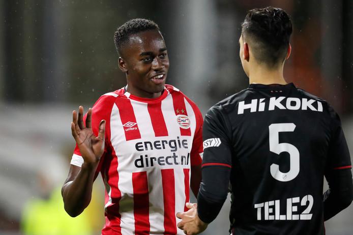 Jordan Teze won met Jong PSV simpel van Jong FC Utrecht: 3-1.