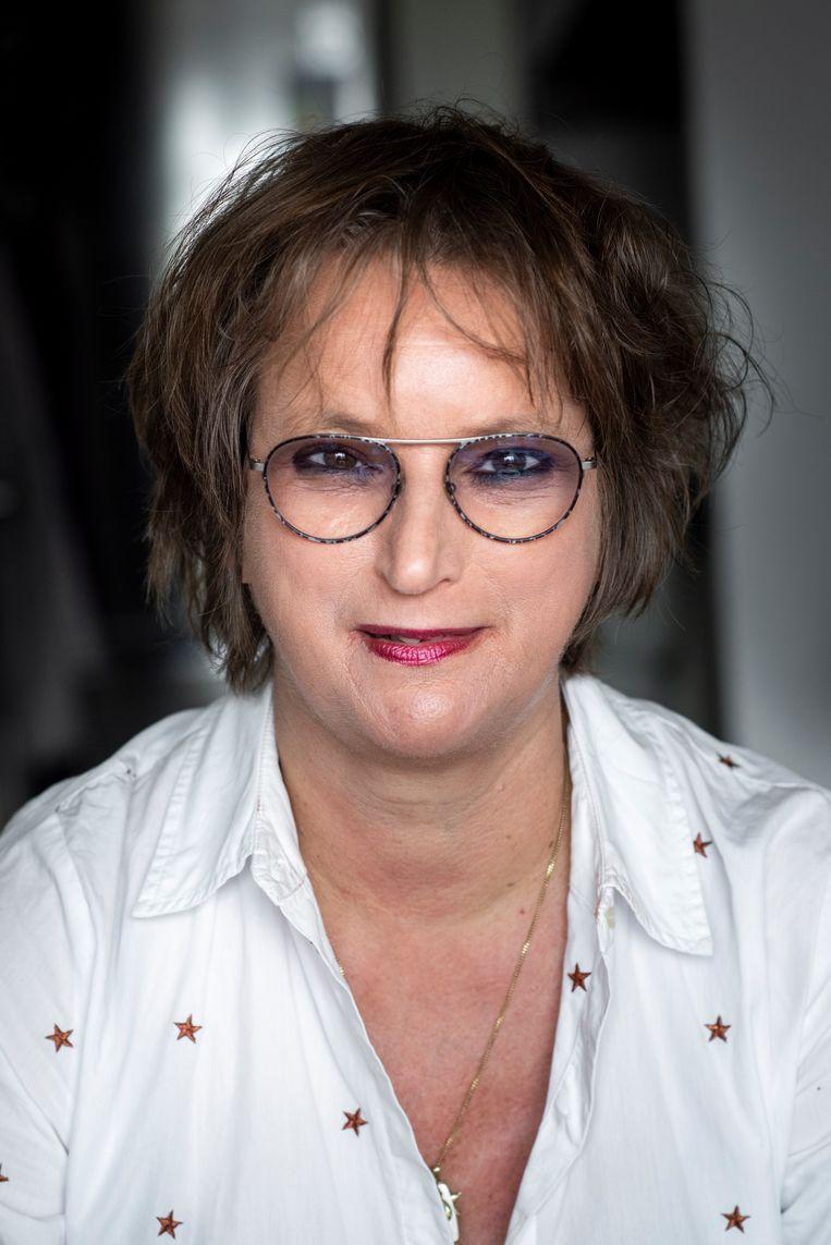 Kitty Trepels van Mil durfde pas het theaterpodium op na haar diagnose kanker. 'Ik dacht: nu heb ik wél wat te vertellen.' Beeld Linelle Deunk