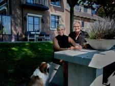 Jannie en Arnold brachten de ziel terug in hun karakteristieke huis: 'We willen hier nooit meer weg'