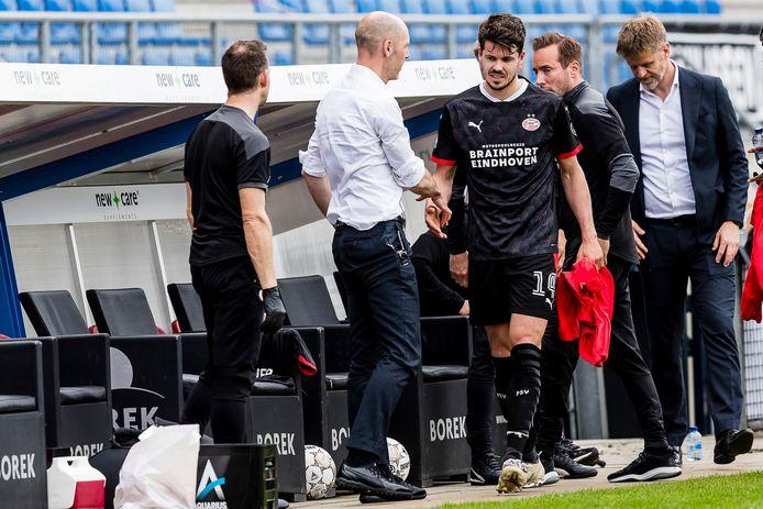 Marco van Ginkel wordt na 87 minuten gewisseld bij Willem II-PSV en is tevreden.