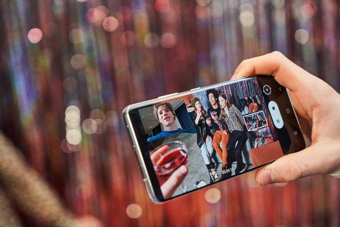 5G biedt snellere video-overdracht en betere beeldkwaliteit. Dingen waarmee 'flagship'-producten als de Samsung Galaxy S21+ zielen proberen te winnen.