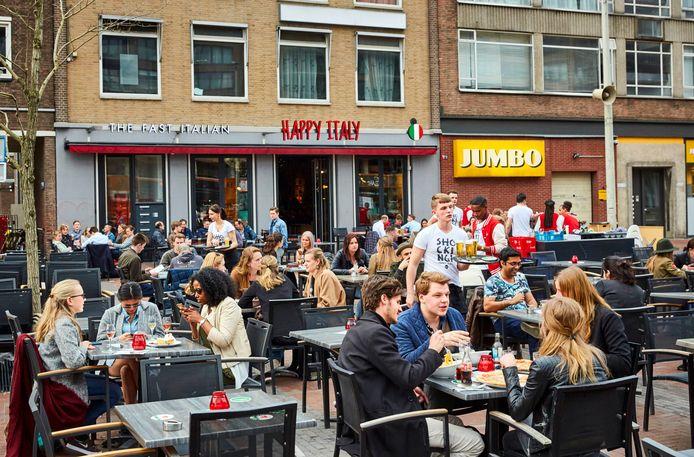 De populaire vestiging van Happy Italy op de Binnenrotte in hartje Rotterdam op archiefbeeld. De keten wil nu ook naar het buitenland.