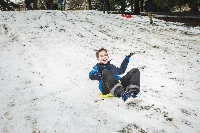 sneeuwpret in het Citadelpark in gent