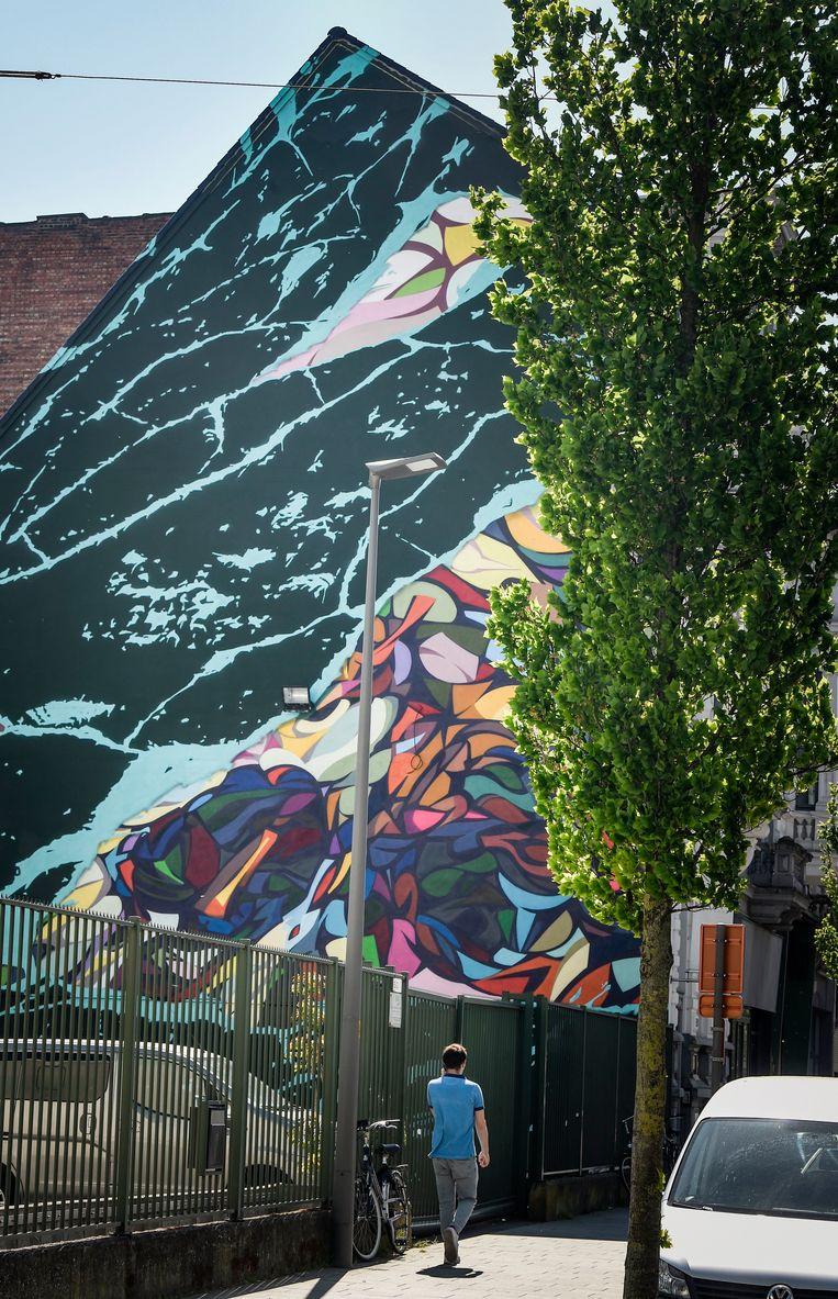 Schoenaerts heeft weer meer tijd voor graffiti, een oude liefde.Dit is een recente piece in Antwerpen. Beeld Photo News