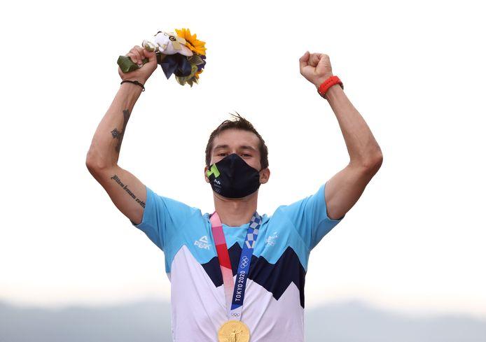 Primoz Roglic volgt Fabian Cancellara op als olympische kampioen tijdrijden.