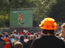 Misschien toch wedstrijden van Oranje op groot scherm? Dan denk je bezorgd aan onze worsteling met vrijheid