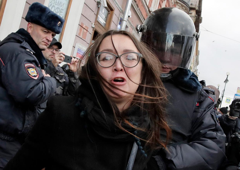 Vorig weekend werd de politieke activiste Jelena Grigorjeva vermoord in Sint-Petersburg.