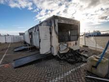'Verdachten die coronateststraat in Urk in brand staken kregen geld aangeboden'
