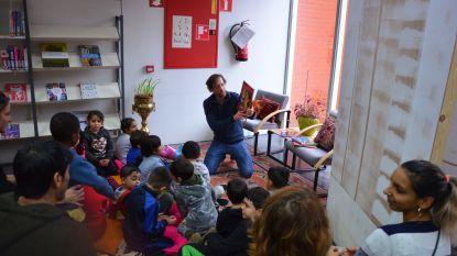 'Voorlezen aan Huis' viert 20-jarig bestaan met boekenfeest