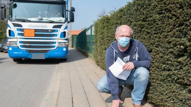 """Sluipverkeer en zware trucks rijden 9 dagen na eerste protest nog altijd door Schapendries: """"Nog even en alle trottoirs moeten vernieuwd worden"""""""