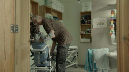 """Mantelzorgers trekken in nieuw seizoen 'Pano' aan alarmbel: """"Veroordeeld tot levenslange zorgarbeid"""""""