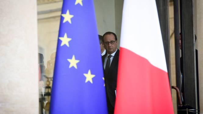 """David Van Reybrouck in brief aan Hollande: """"U geeft waar de terroristen op hoopten: een oorlogsverklaring"""""""