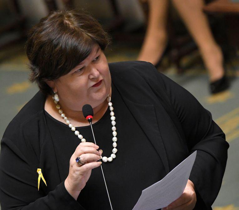 Minister van Gezondheid Maggie De Block. Haar opvolger mag op zoek naar 1,4 miljard euro extra, want de kosten voor geneesmiddelen stijgen alsmaar sneller. Beeld Photo News