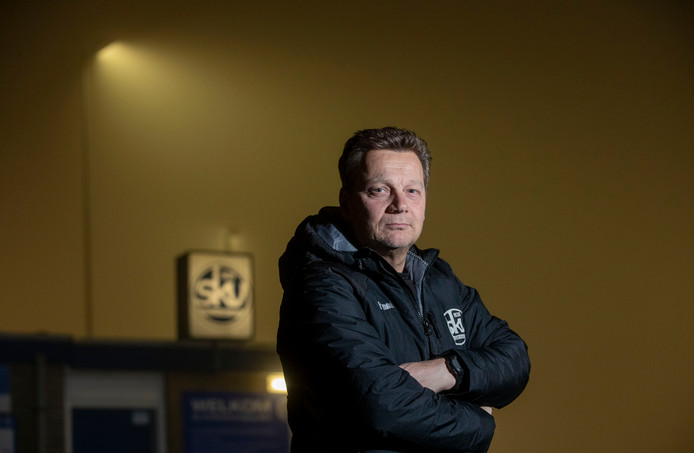 Marcel van der Hoop, nu nog trainer van SKV.