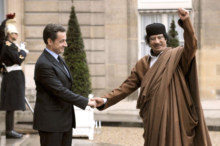 Kadhafi brengt een bezoek aan Parijs in 2007. Beeld AFP