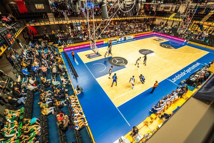 Landstede Hammers heeft het een seizoen zonder publiek moeten stellen. De Zwolse basketbaltrots wil zich herstellen met een ambitieus driejarenplan.