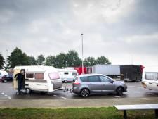 Vaak te oude banden onder caravans en vouwwagens