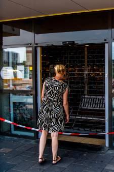 Veel rookschade door brand in supermarkt in Spijkenisse: Winkel voorlopig gesloten