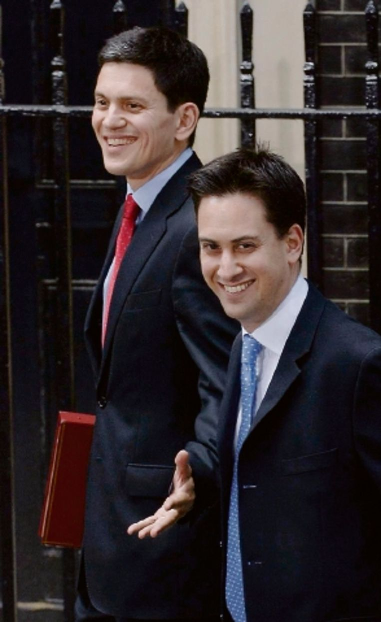 De broers David (l) en Ed Miliband. (FOTO AP ) Beeld AP