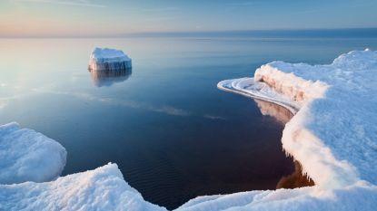 IJsschots breekt af: Estse ijsvissers drijven twee kilometer af