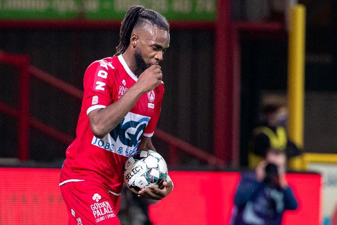 Réalise, Pelé Mboyo estime que Courtrai ne méritait pas mieux, vendredi soir, contre Anderlecht.