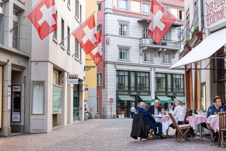 De oude binnenstad van Zürich. Beeld Julius Schrank