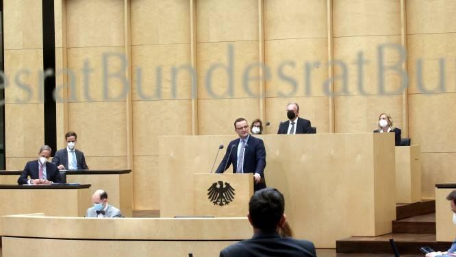 Ook Duitse Bondsraad keurt omstreden coronawet van Merkel goed